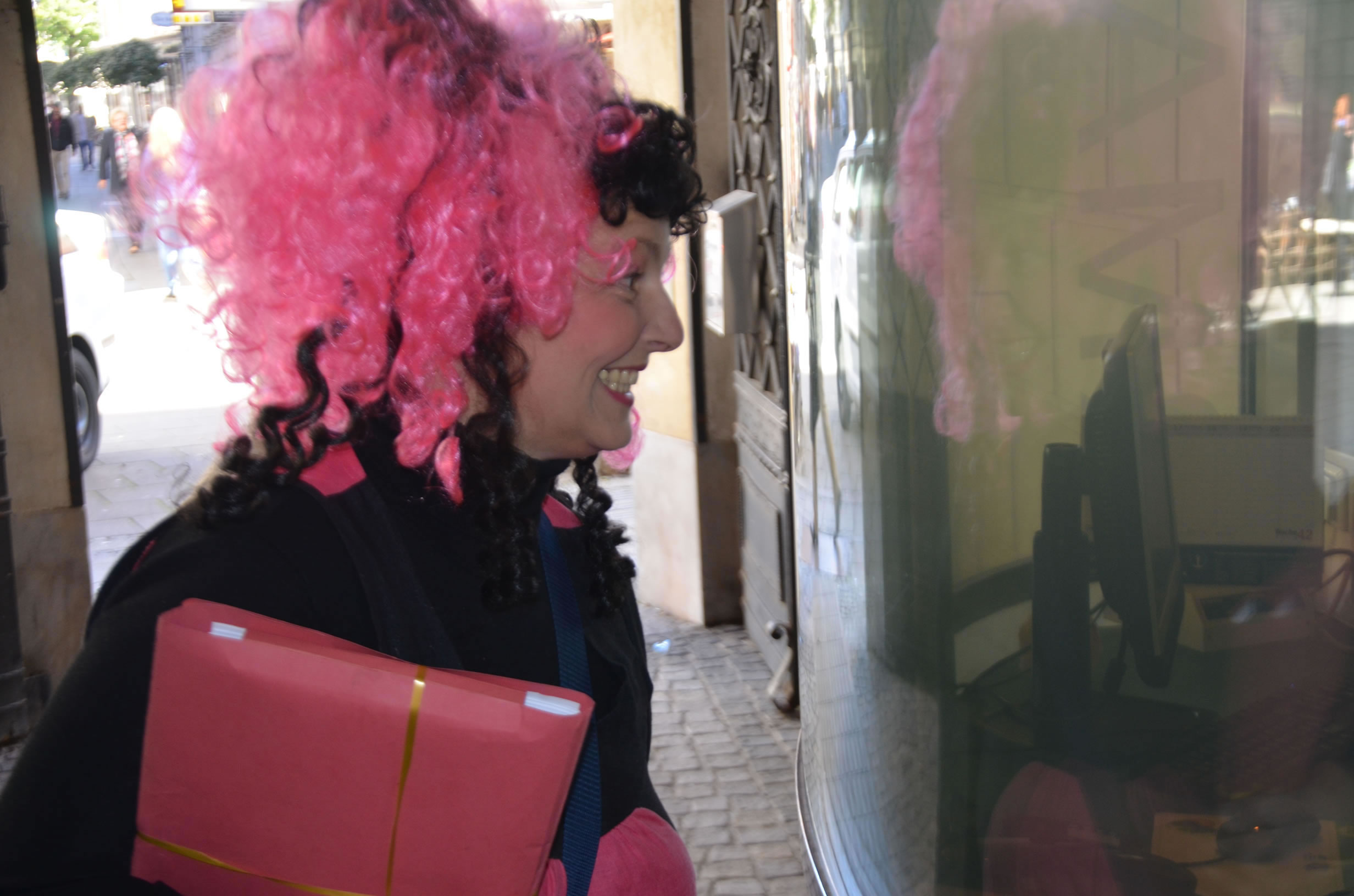 Betty Baloo Bande Wahleinreichung: Betty Baloo tritt im Grazer Rathaus ein