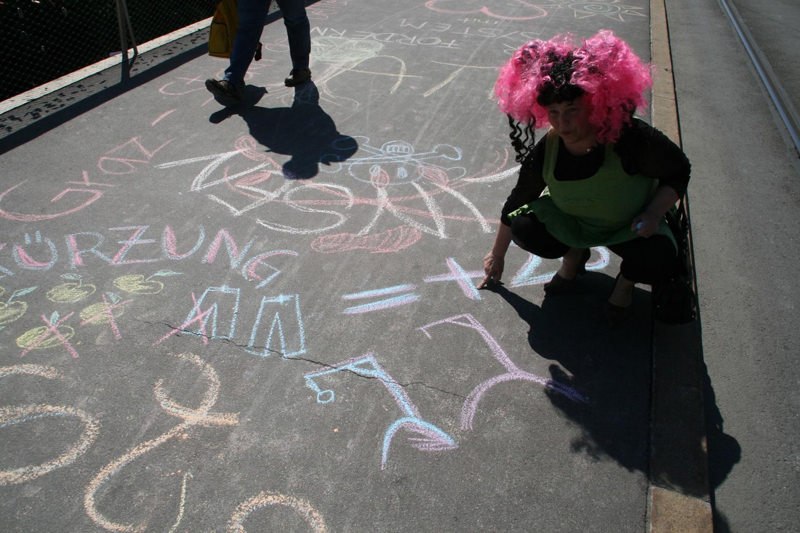 Zeichnen gegen Kürzungen: Betty Baloo und die zwei Galgen